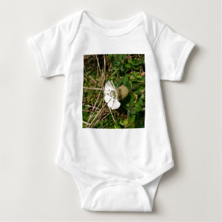 Weiße Blume Baby Strampler