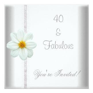 Weiße Blumen-fabelhafte 40. Quadratische 13,3 Cm Einladungskarte