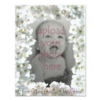 Weiße Blüten-Einladungen personalisierte UAWG 10,8 X 14 Cm Einladungskarte