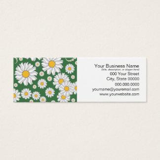 Weiße Gänseblümchen auf grünem Hintergrund Mini Visitenkarte