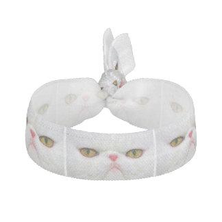Weiße Katze Haargummi