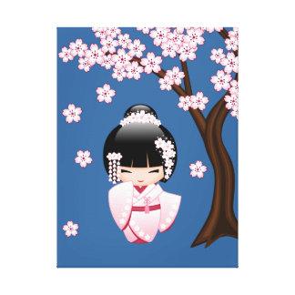 Weiße Kimono Kokeshi Puppe - niedliches Leinwanddruck