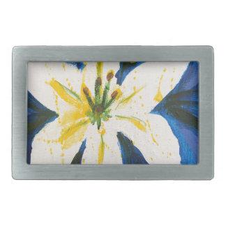 Weiße Lilie auf blauer Sammlung durch Jane Rechteckige Gürtelschnalle
