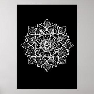 Weiße Mandala auf Schwarzem Poster