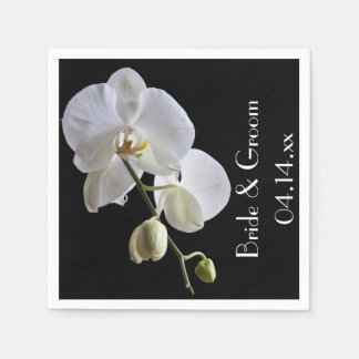 Weiße Orchidee auf schwarzer Hochzeit Papierservietten