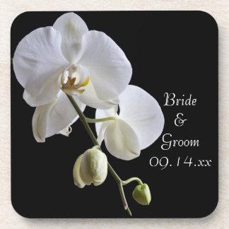 Weiße Orchidee auf schwarzer Hochzeit Untersetzer
