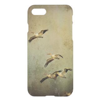 Weiße Pelikane im Flug iPhone 8/7 Hülle