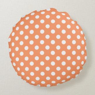 Weiße Polka-Punkte auf Mandarine-Orange Rundes Kissen