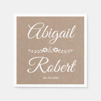 Weiße rustikale Hochzeit Typografiebraunen Servietten