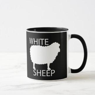 Weiße Schafe Tasse