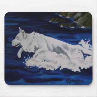 Weiße Schäferhund-Spritzen-Mausunterlage Mousepads