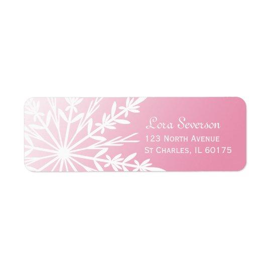 Weiße Schneeflocke auf rosa Rücksendeadresse