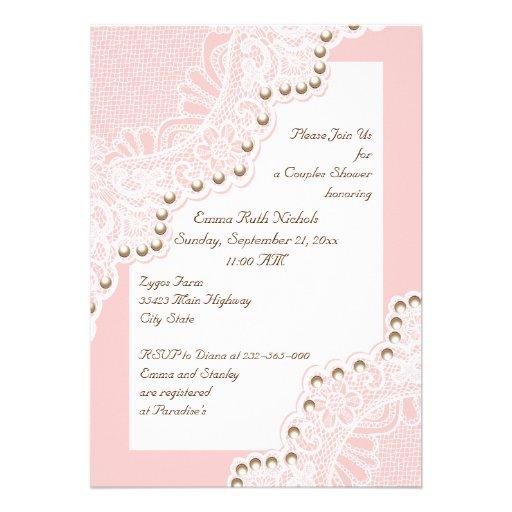weiße Spitze mit Hochzeits-Paardusche der Perlen Individuelle Ankündigung