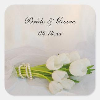 Weiße Tulpe-Blumenstrauß-Frühlings-Hochzeit Quadratischer Aufkleber