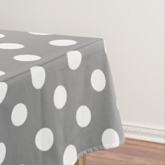 Weiße Tupfen auf Tauben-Grau Tischdecke