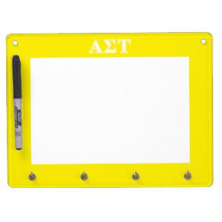 Weiße und gelbe Buchstaben AlphasigmaTau Trockenlöschtafel Mit Schlüsselanhängern