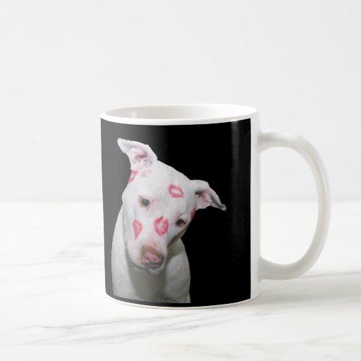 Weiße Welpen-HundeLiebe, versiegelt mit Lippenstif Tee Tasse