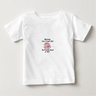 Weißer Baby-T - Shirt zwei Jahre alte