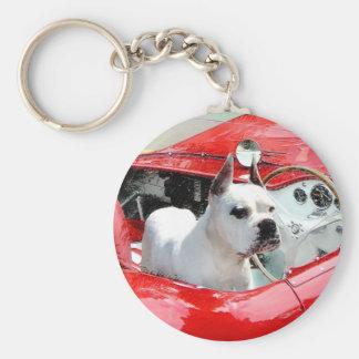 Weißer Boxer-Hund in Maserati keychain Schlüsselanhänger