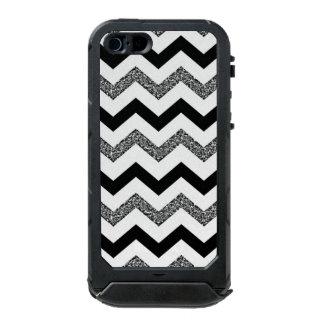 Weißer Glitzer Zickzack iPhone SE/5/5s ATLAS ID™ Incipio ATLAS ID™ iPhone 5 Hülle