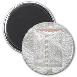 Weißer Hochzeits-Kleidermagnet - kundengerecht Kühlschrankmagnete