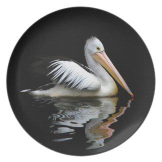 Weißer Pelikan Teller