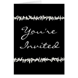 Weißer Reis auf schwarzer Hochzeits-Einladung Grußkarte