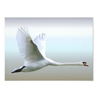 Weißer Schwan im vollen Flug 12,7 X 17,8 Cm Einladungskarte