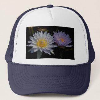 Weißer und lila Lotos-Wasserlilie-Hut Truckerkappe