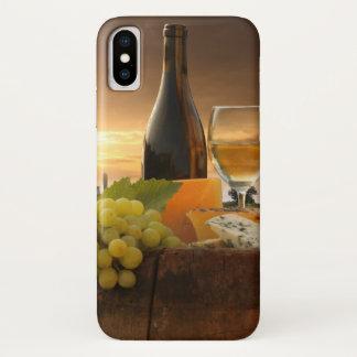 Weißer Wein mit Fass auf Weinberg in Chianti iPhone X Hülle
