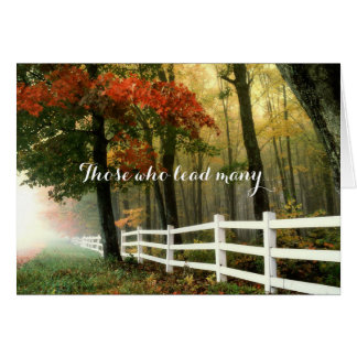 Weißer Zaun in der Herbst-Holz-Pastor-Anerkennung Karte