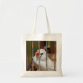 Weißer Zebra-Fink-Vogel im Käfig Tragetasche