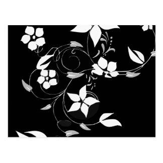 Weißes Blumen auf Schwarzem Postkarte