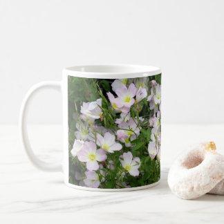 Weißes Blumen-Bett Kaffeetasse