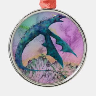Weißes Drache-Monster, das über Ozean fliegt Silbernes Ornament