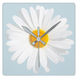 weißes Gänseblümchen Quadratische Wanduhr