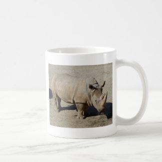 Weißes Nashorn-Nashorn-voller Körper Kaffeetasse