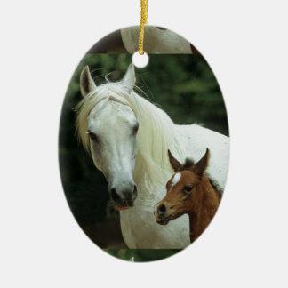 weißes Pferd,Schimmel mit Fohlen, Keramik Ornament
