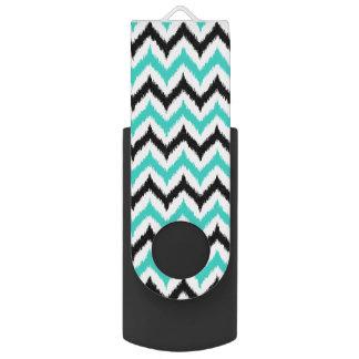Weißes, Schwarzes und Türkis-Zickzack Ikat Muster USB Stick