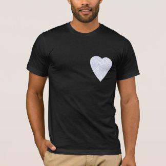 Weißes und hellblaues Herz. Gemusterter T-Shirt