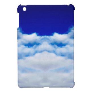 Weißes Wolkengesicht gegen einen blauen Himmel iPad Mini Hülle