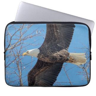 Weißkopfseeadler im Flug Laptopschutzhülle
