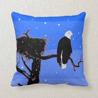Weißkopfseeadler im Winter Kissen