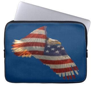 Weißkopfseeadler u. US-Flaggen-patriotische Laptopschutzhülle