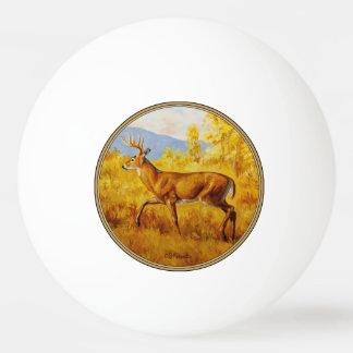 Weißwedelhirsch in Herbstaspen-Wald Tischtennis Ball