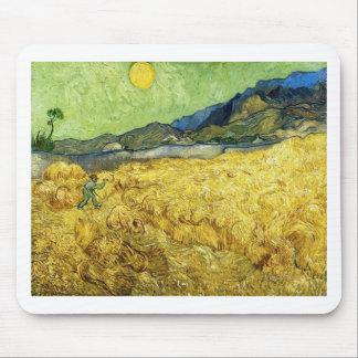 Weizen-Felder mit Sensenmann am Sonnenaufgang - Mousepads
