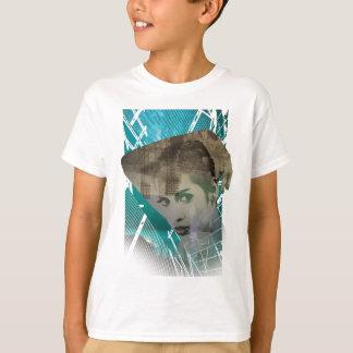 Wellcoda städtisches Mädchen-Porträt-surreale T-Shirt
