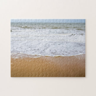 Wellen auf dem Strand-Fotopuzzlespiel Puzzle