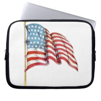 Wellenartig bewegende amerikanische Flagge Laptopschutzhülle