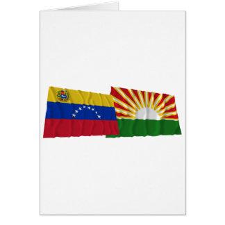 Wellenartig bewegende Flaggen Venezuelas und Lara Karte